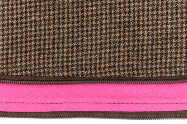 Stylish and refined poo bag dispenser in brown houndstooth with bright pink lining | oxforddogma.com