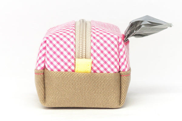Pull out a bag for cleaning up after your dog with this handcrafted pink and white gingham colorblock clip-on bag dispenser | oxforddogma.com