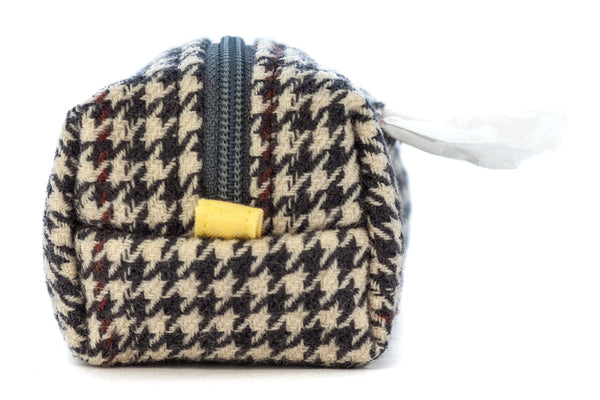 Pull out a bag for cleaning up after your dog with this handcrafted grey and ivory houndstooth clip-on bag dispenser | oxforddogma.com
