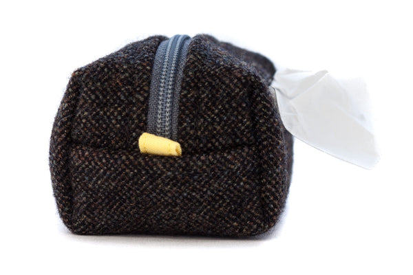 Pull out a bag for cleaning up after your dog with this handcrafted navy and olive tweed clip-on bag dispenser | oxforddogma.com
