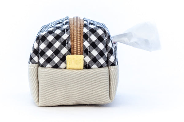 Pull out a bag for cleaning up after your dog with this handcrafted black and white gingham colorblock clip-on bag dispenser | oxforddogma.com