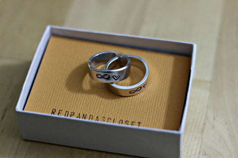 Infinity Couple Ring Set Box Red Panda's Closet