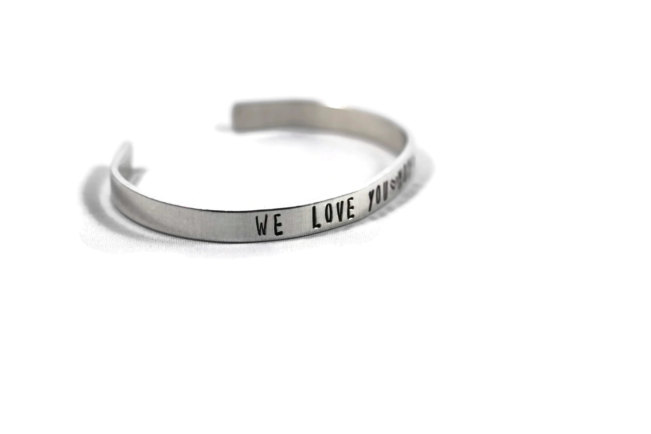 We Love You Mom Bracelet Custom Personalized Metal Cuff Mother's Day Gift Christmas Grandma Mama