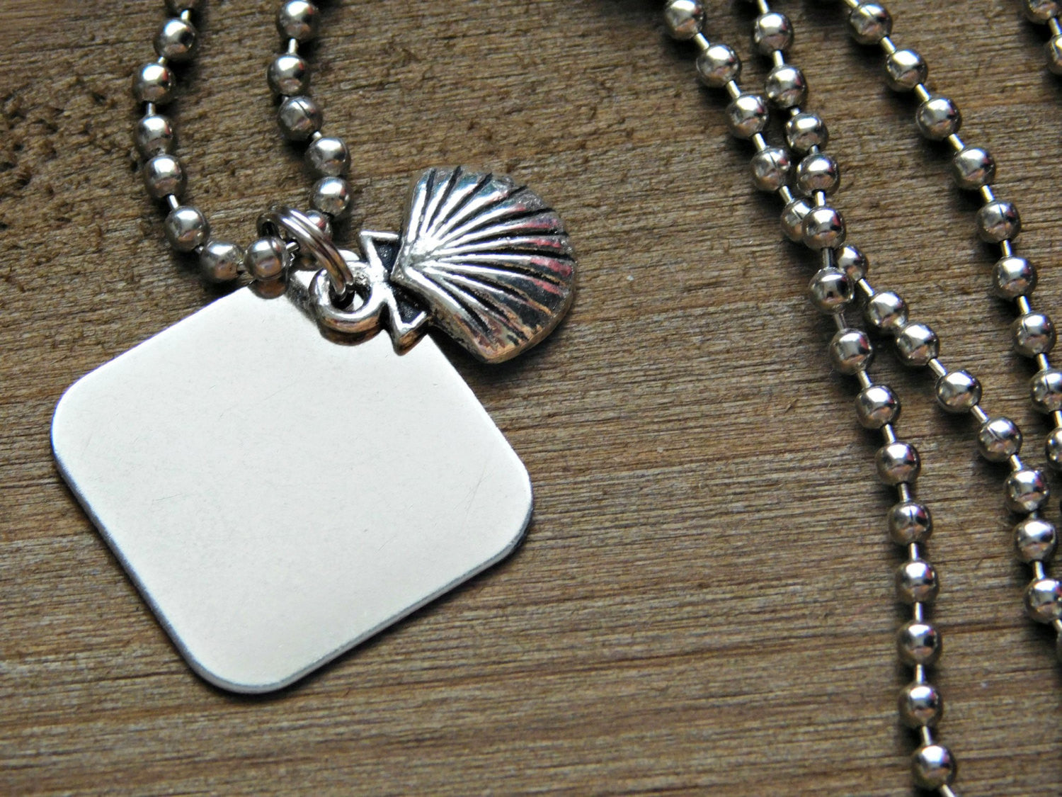 Summer Necklace Summer Charm Shell Necklace Beach Charm Seashell Necklace Clam Necklace Shell Charm Pendant Necklace Silver Long Necklace