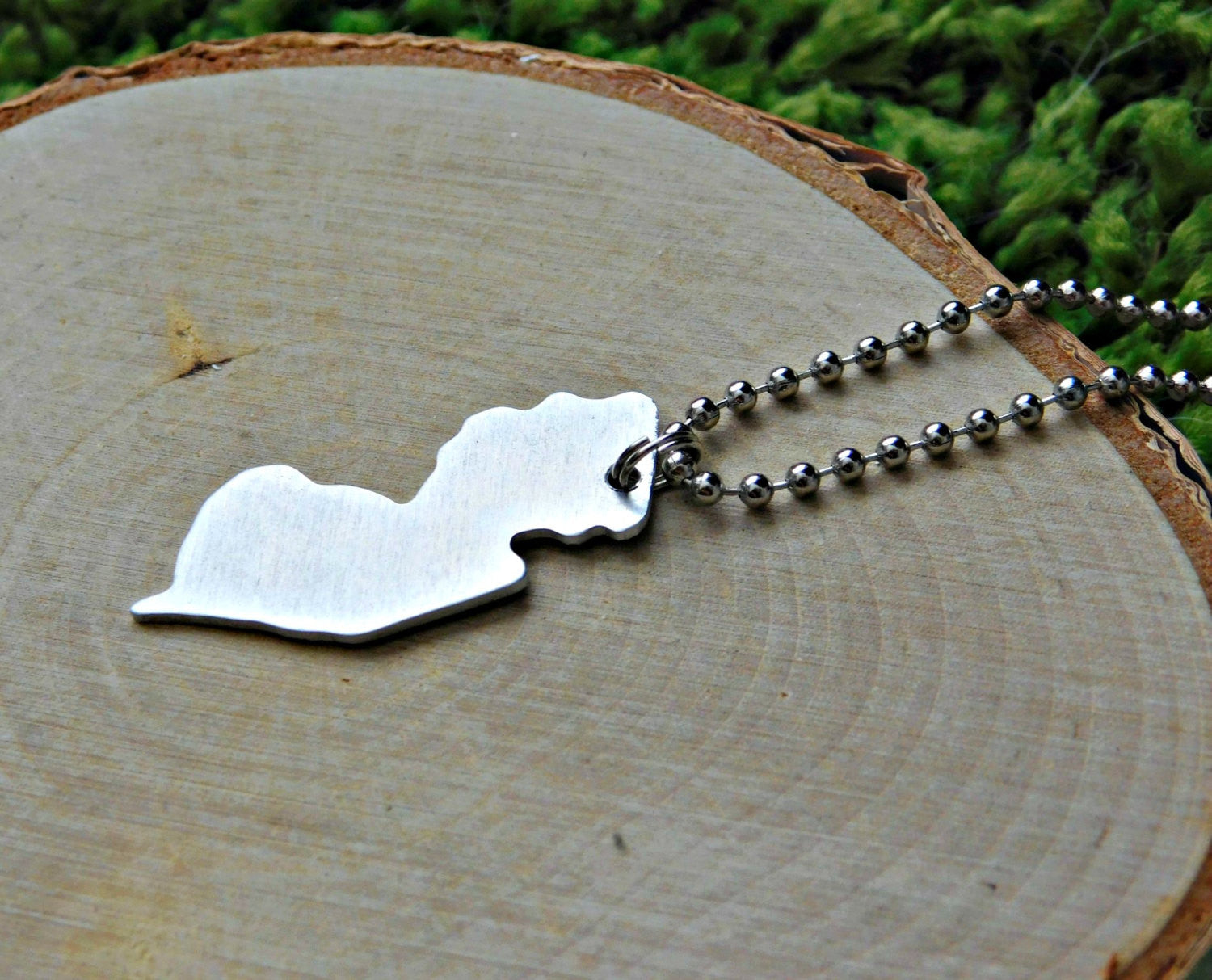 New Jersey Necklace NJ State Shape Outline Pendant Custom Metal USA United States Hometown Jewelry