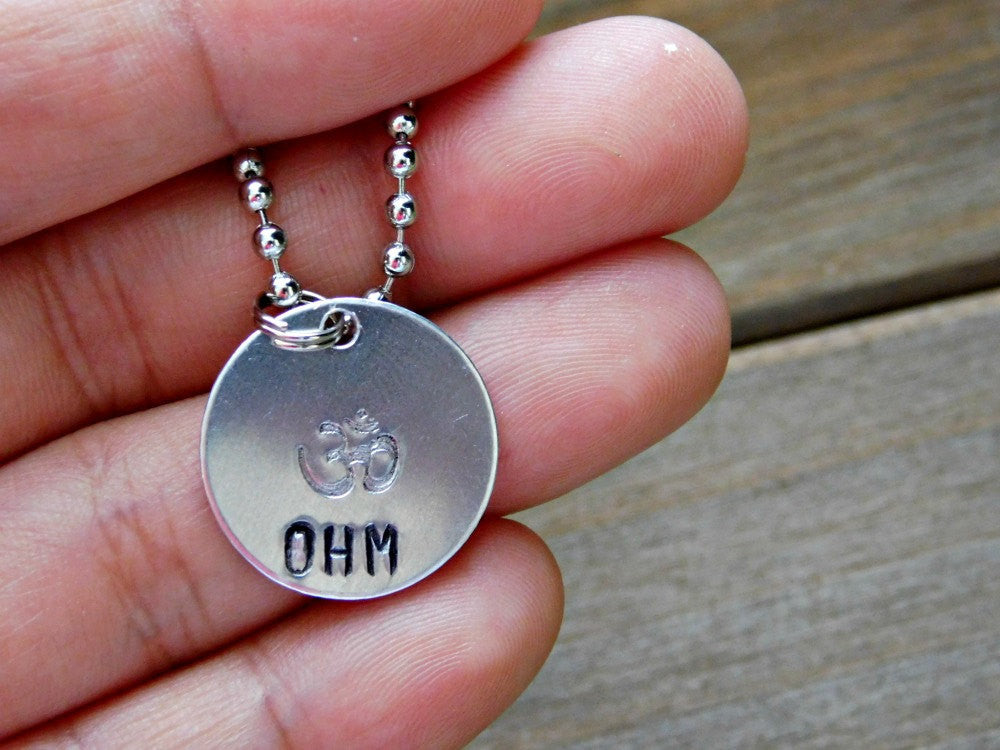 Ohm Necklace Meditation Yoga Jewelry Zen Necklace Om Aum Mindfulness Yoga Symbol Buddhist Stamped Layering Necklace Boho Birthday Gift