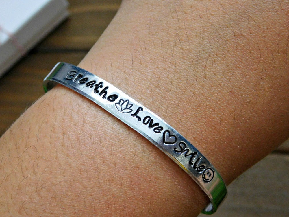 Breathe Love Smile Bracelet Stamped Inspirational Jewelry Quote Message Happy Unisex Cuff Bracelet