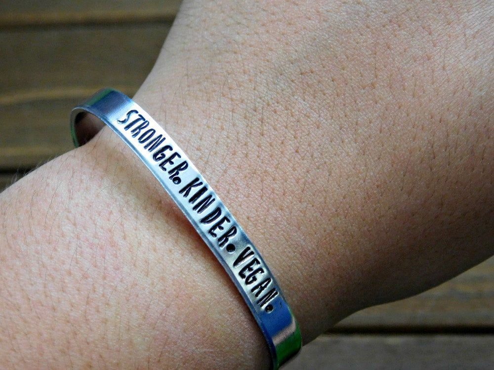 index green bracelet the reminder