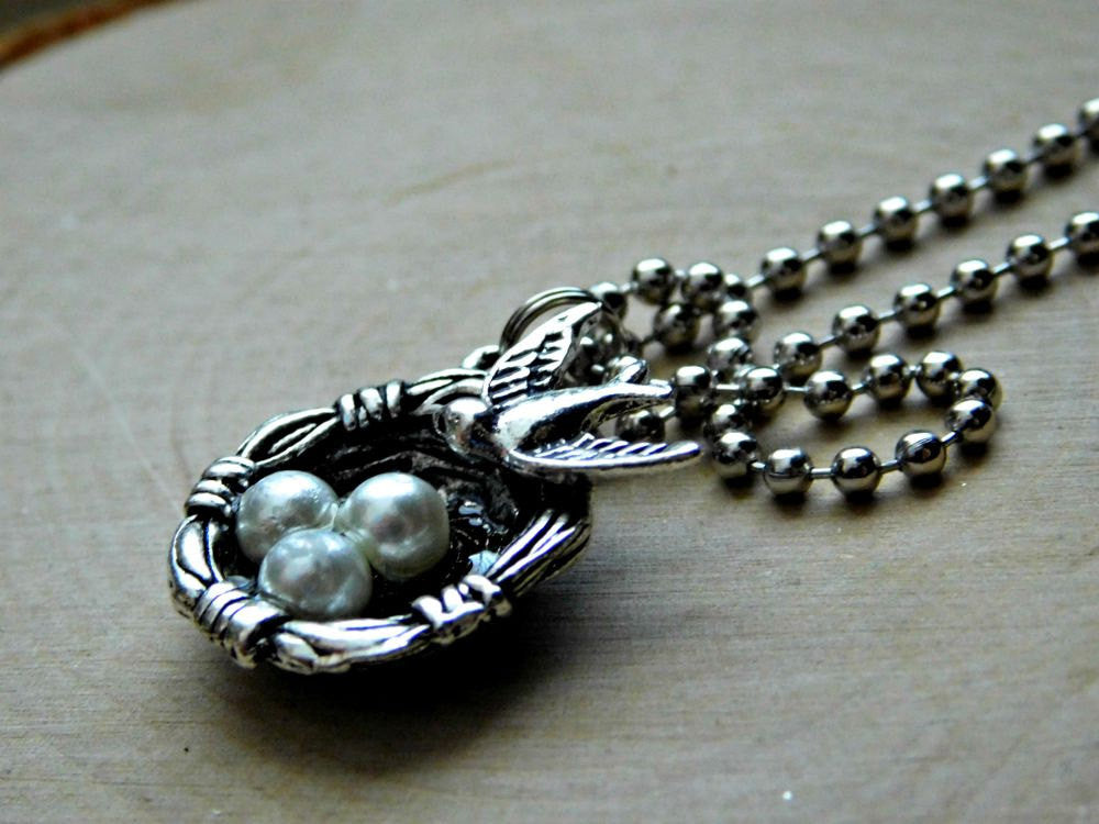 Bird Nest Necklace Birds Egg Mama Bird Mom Mothers Day Gift Custom Length Vegan Birthday Christmas