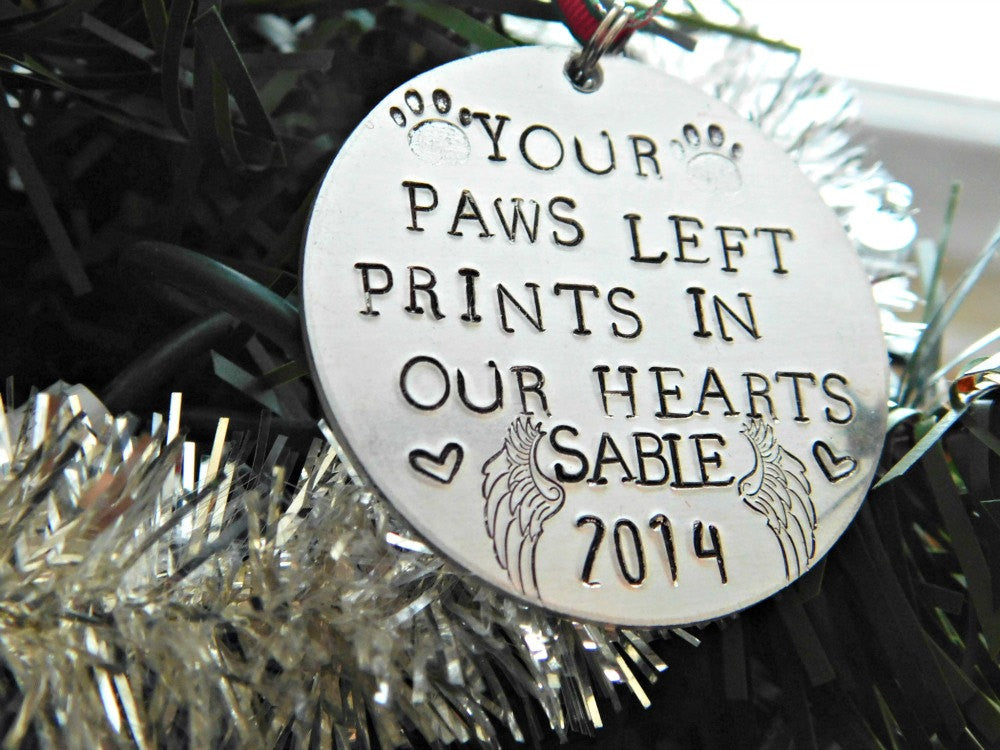 Pet Loss Ornament Memorial Christmas Custom Name Personalized Gift Family Decor Holiday Text Message Customized Symbol Date RedPandasCloset