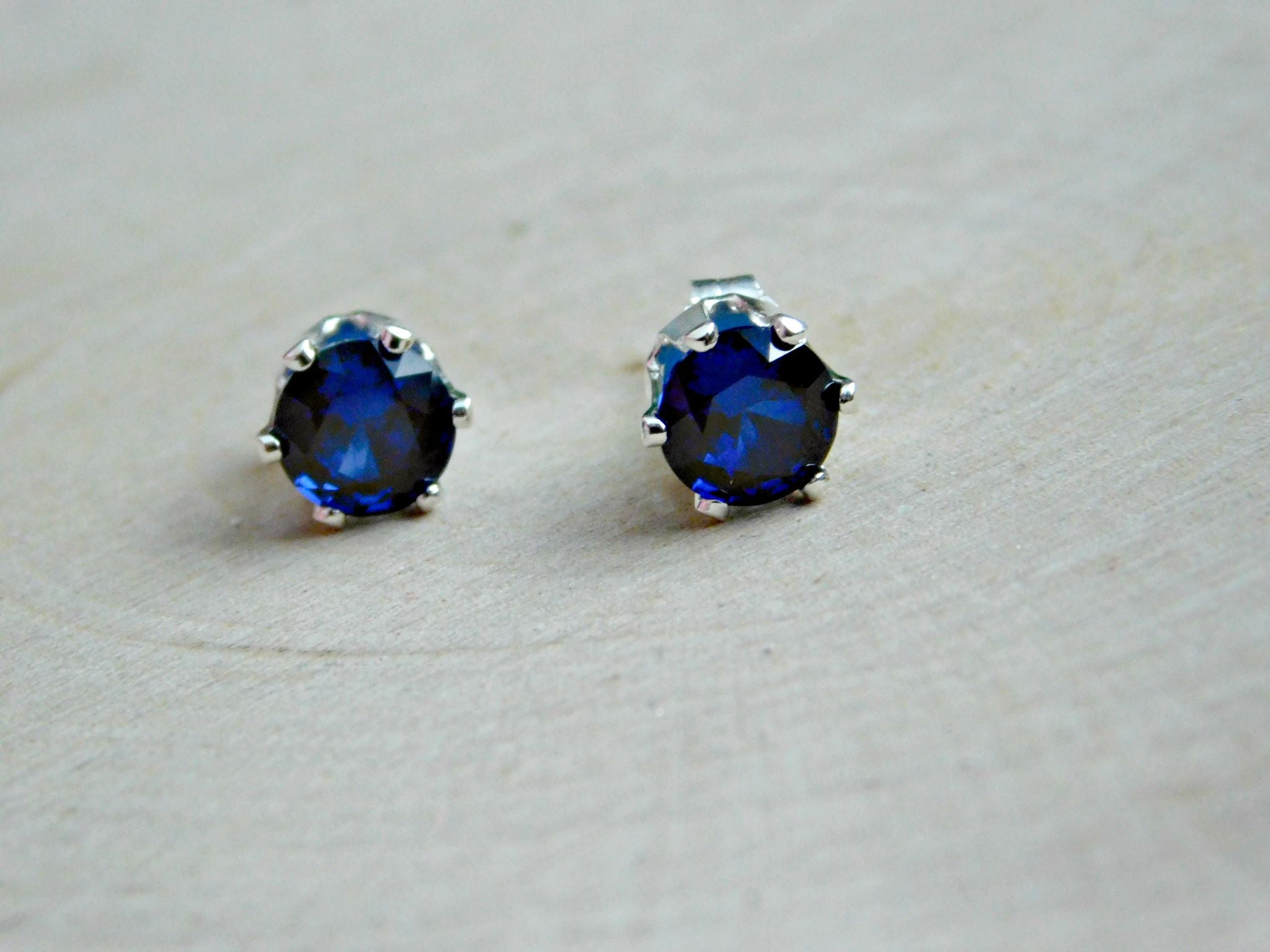september bir earring blue silver products sterling earrings sapphire stud birthstone gemstone
