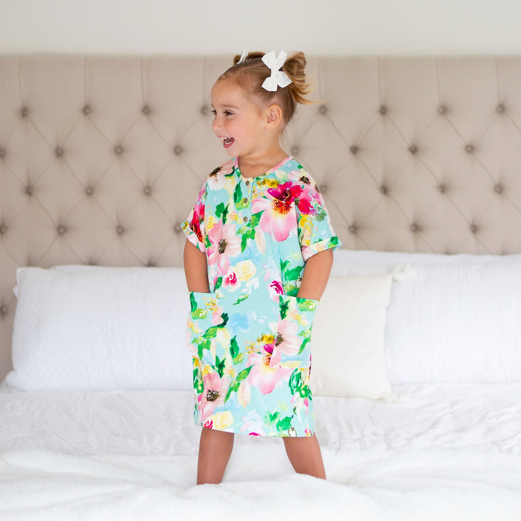 Mini 24/7 Dress in Isla