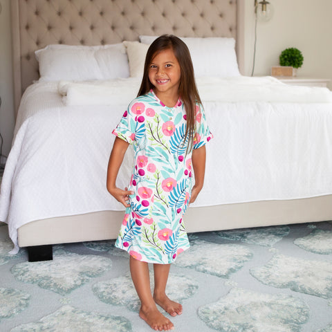 Mini 24/7 Dress in Kaya Girl