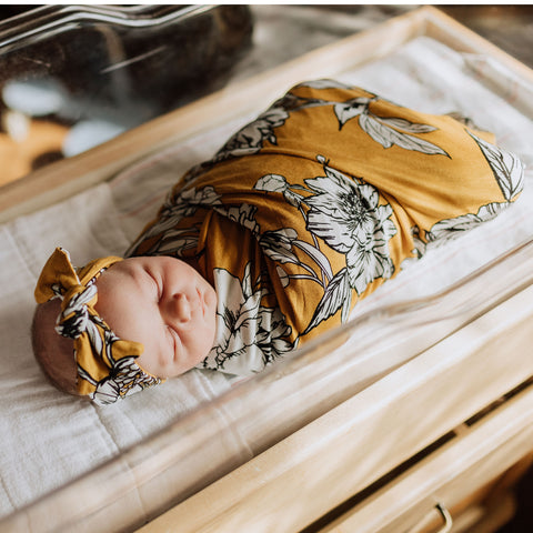 Sienna Swaddle Blanket & Headband Set