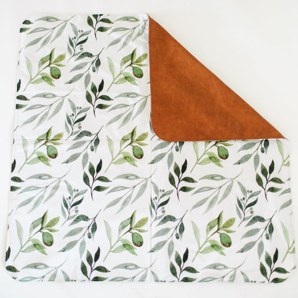 Square Cognac Reversible Playmat in Oliver