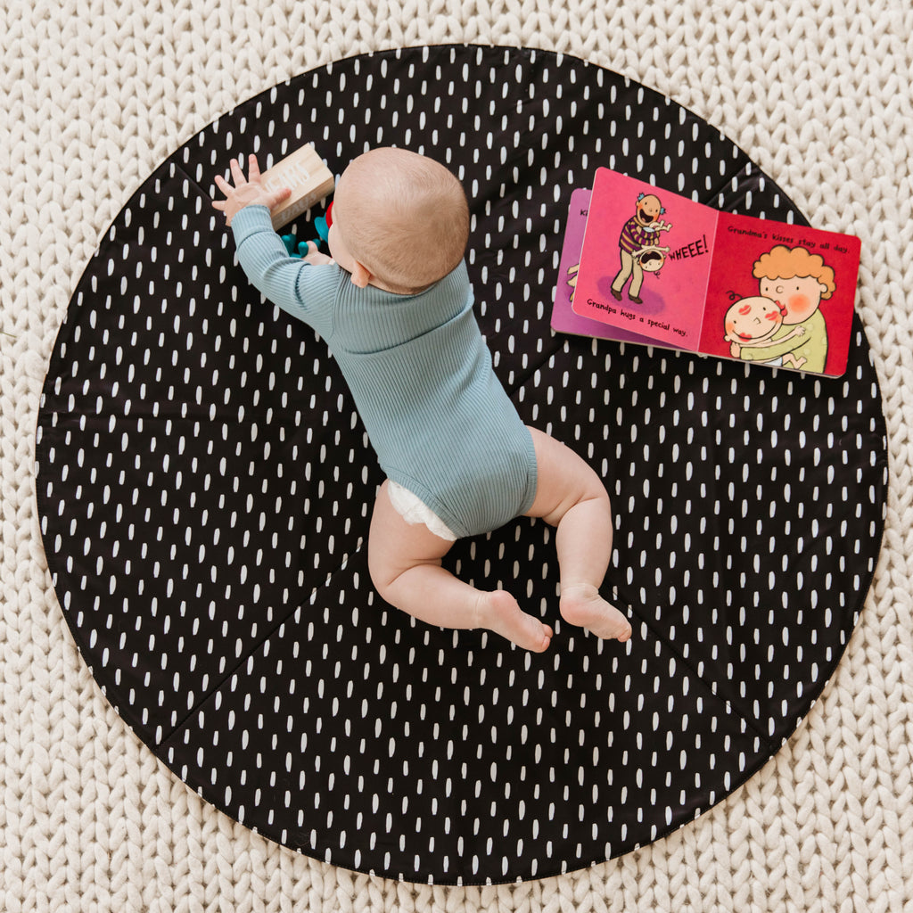 Round Cognac Reversible Playmat in Modern Lines