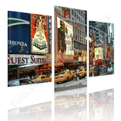 Split 3 panels Times square urban life 3 Panels | Canvas, Posters, Prints & Stickers - StyleIsUS.com
