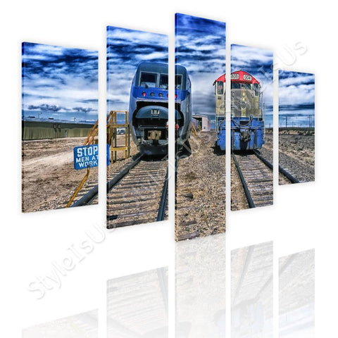 Split 5 panels Trains passing railroad 5 Panels | Canvas, Posters, Prints & Stickers - StyleIsUS.com