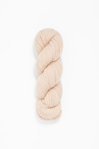 Woolfolk Tynd Yarn in the color 21