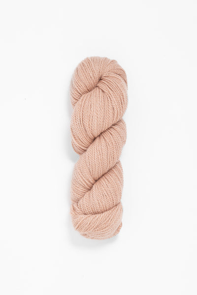 Woolfolk Tynd Yarn in the color 28