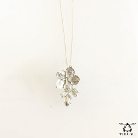SALE - Bud and Bloom Silver Forget-me-knot Necklace
