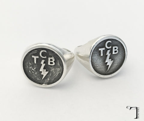 Taking Care of Business in a Flash Ring [left textured]
