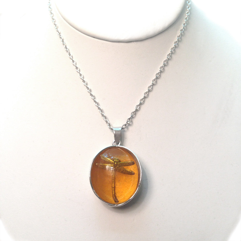 dragonfly in amber necklace trilogie