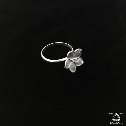 SALE - Single Bloom Silver Forget-me-not Ring
