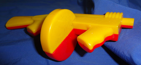 Dime Store Plastic Toy TOMMY GUN Red & Yellow clicker noisemaker 50s 60s Made in USA Lional