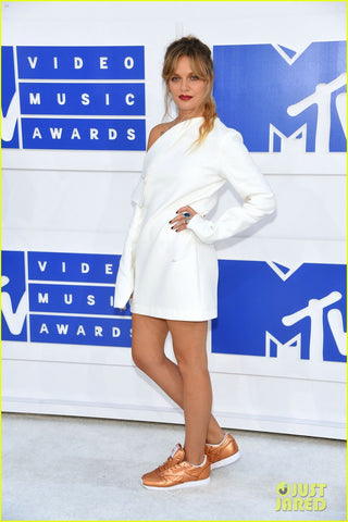 TOVE LO swedish singer at 2016 MTV VMAs afterparty outfit cross necklace cross earrings