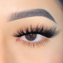 Ice Cream Glam Sandwich Lashes