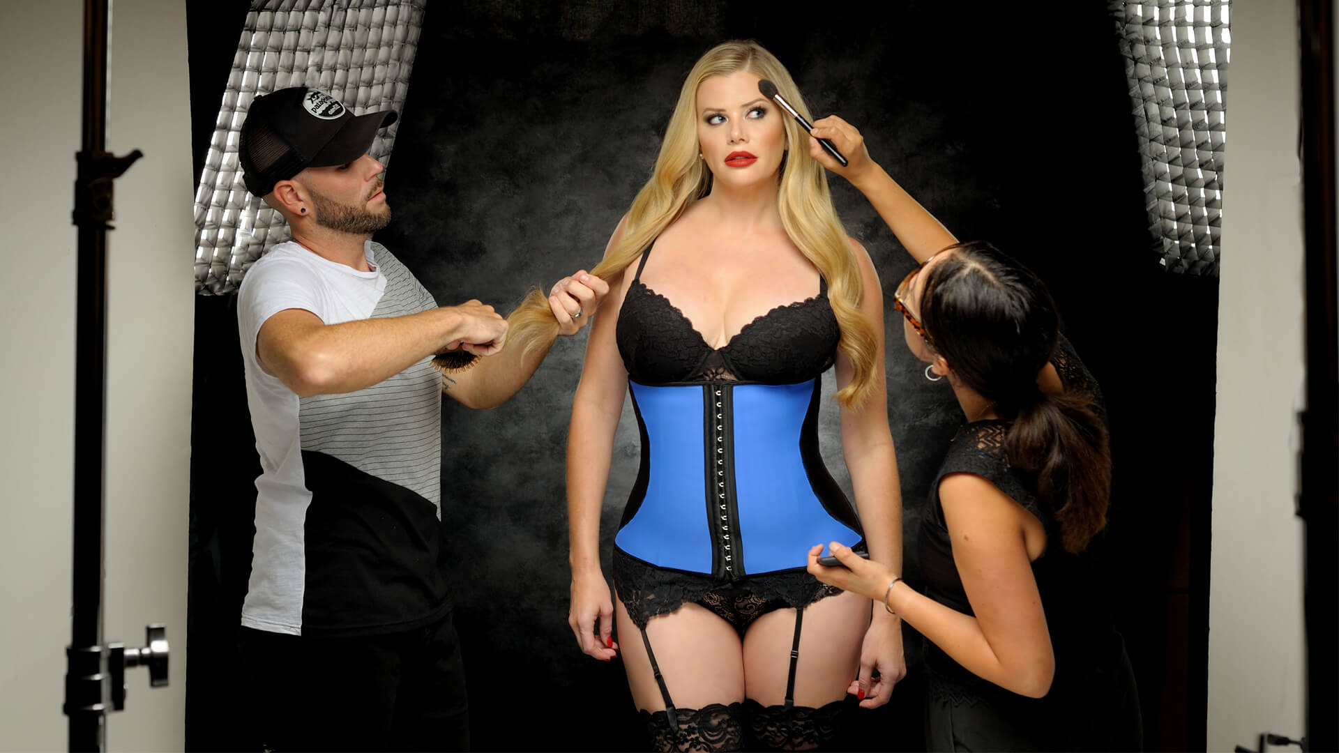 Diva's Curves Signature Celebrity Waist Trainer