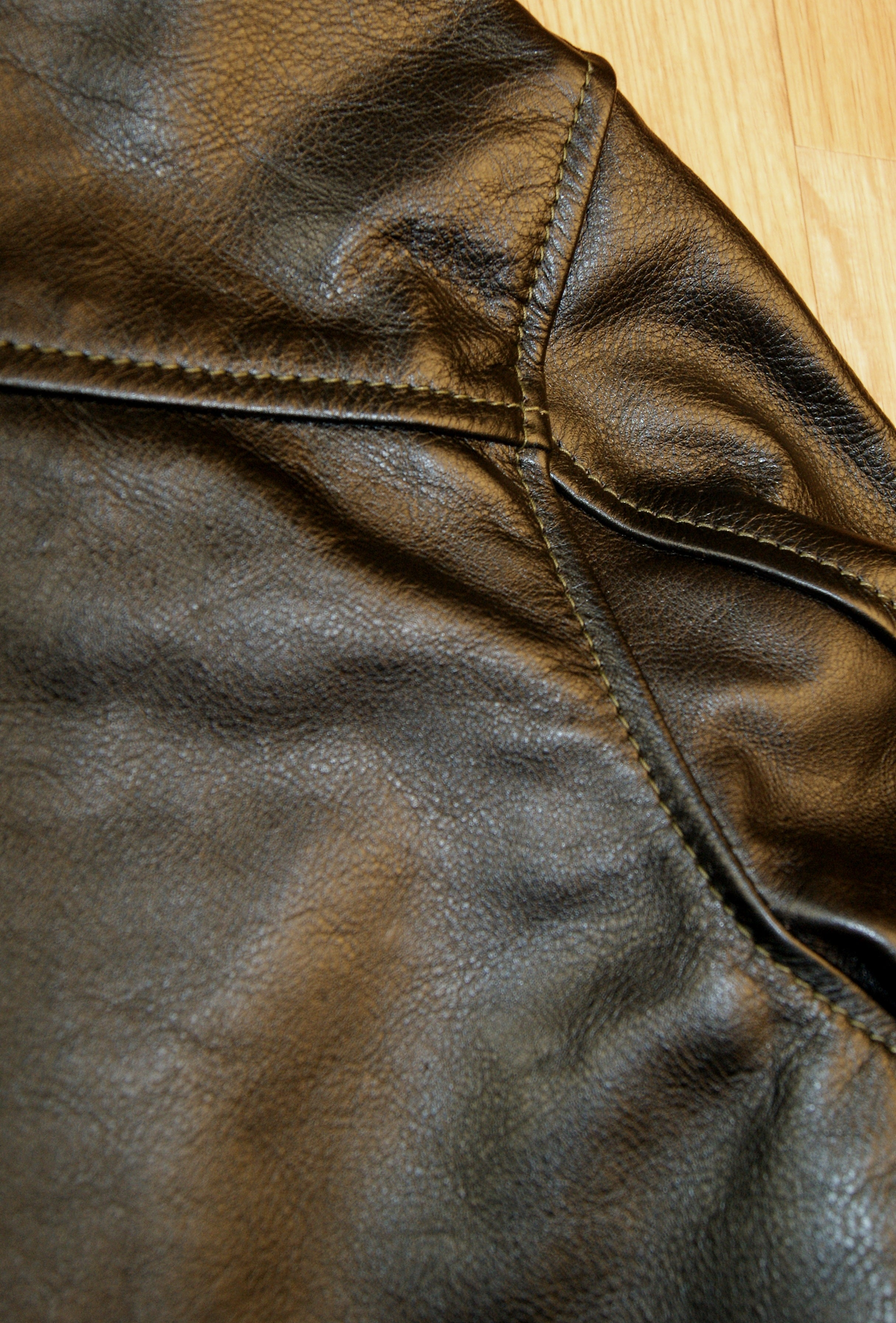 Aero Board Racer, size 42, Blackened Brown Vicenza Horsehide