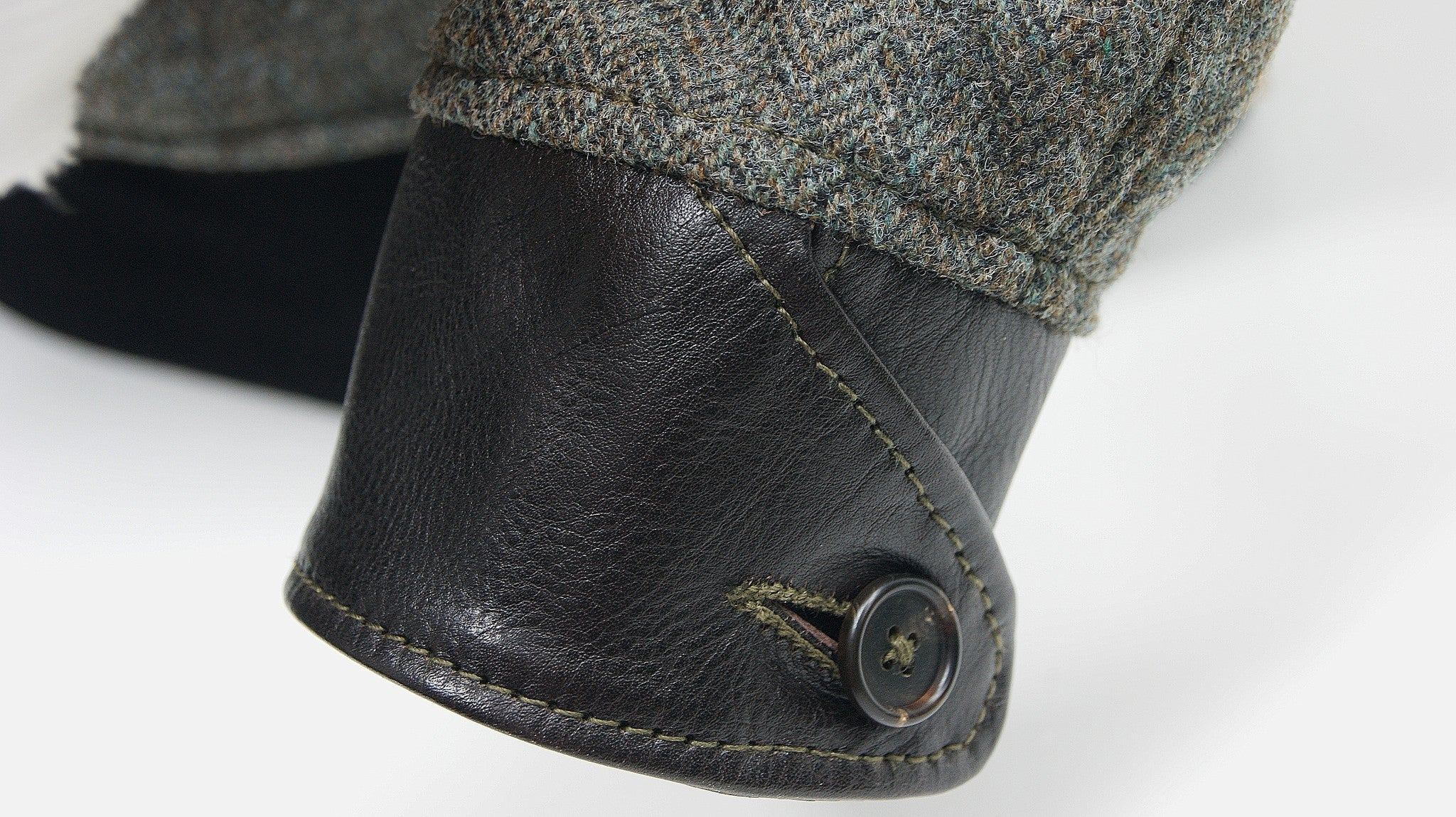 Aero STF Slimfit Bootlegger, sz 40, Tweed Wool and Vicenza Horsehide