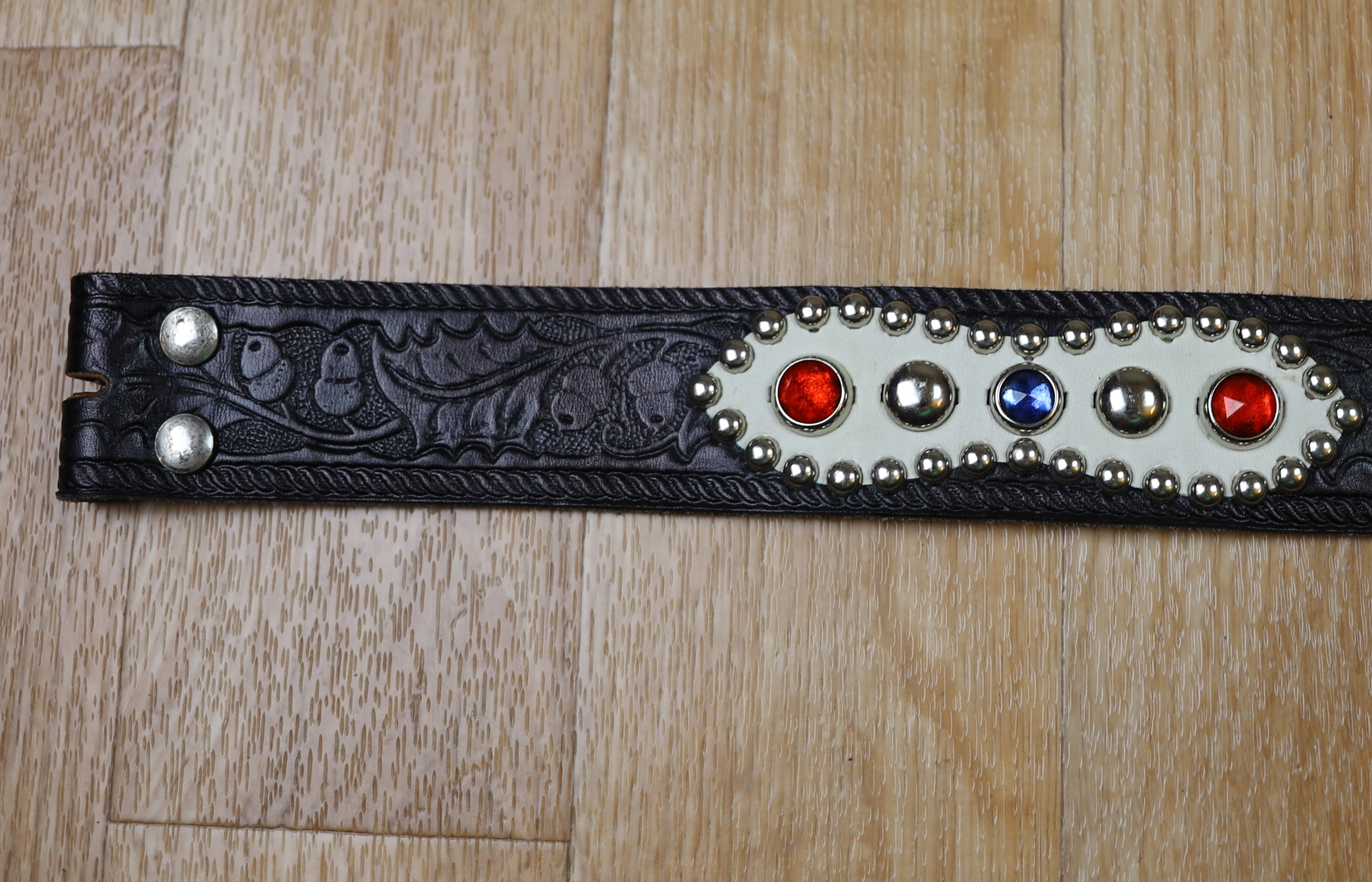 Bulbous Belt, jeweled, size 32, Black