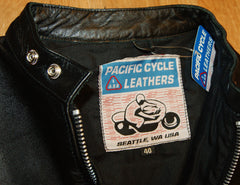 Pacific Cycle Four-Pocket, size 40, Black Buffalo