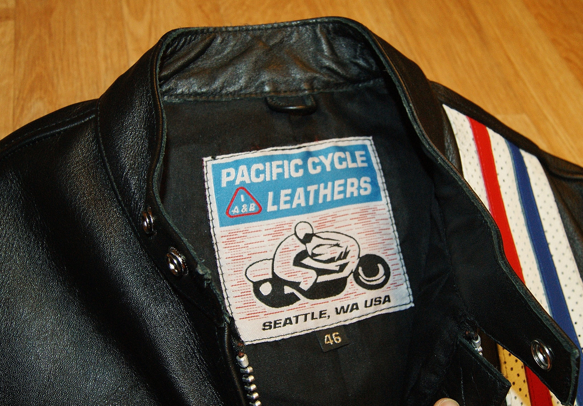 Pacific Cycle Easy Rider Cafe Racer, size 46, Black Buffalo
