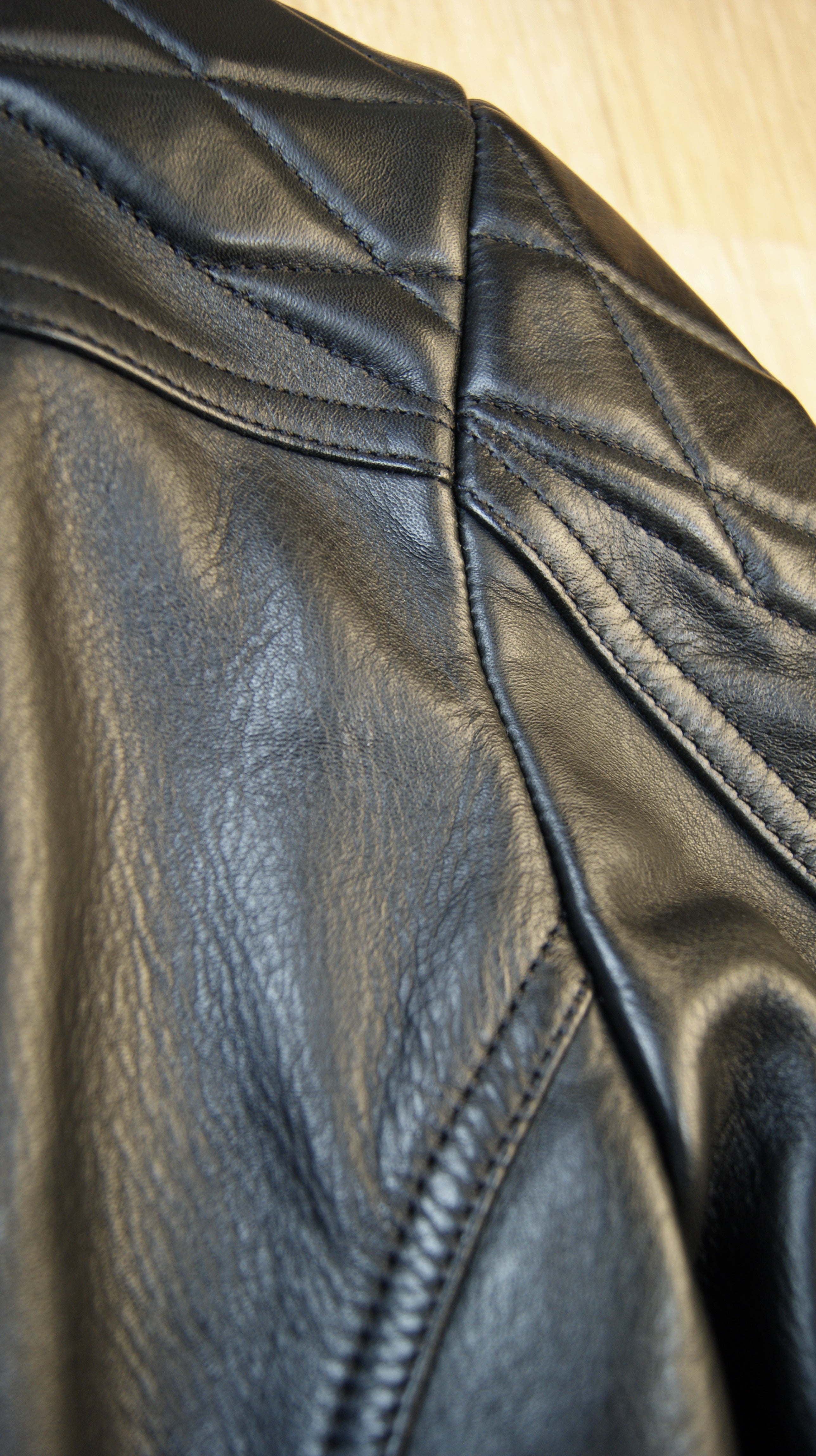 Thedi Phenix Cafe Racer Jacket, size Large, Black Horsehide