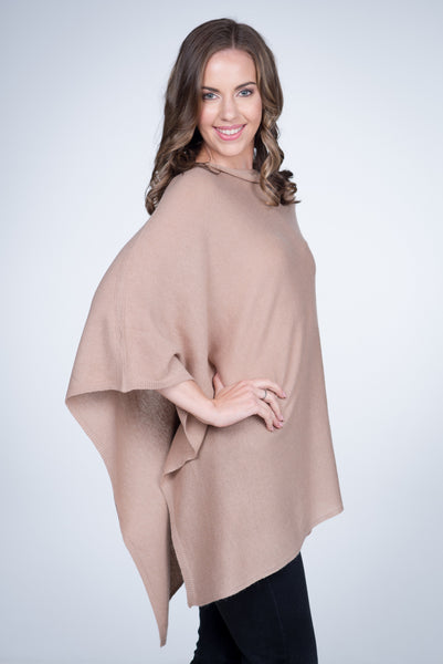 Cashmere-poncho-nine-Yaks-ethical-sustainable-clothing-fashion-brown-beige-sand-camel