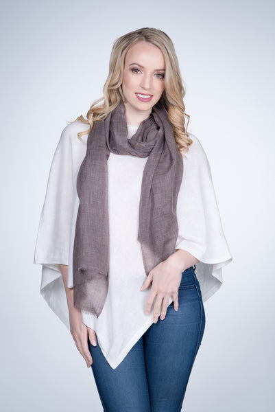 Nine-Yaks-fine-cashmere-stole-Brown