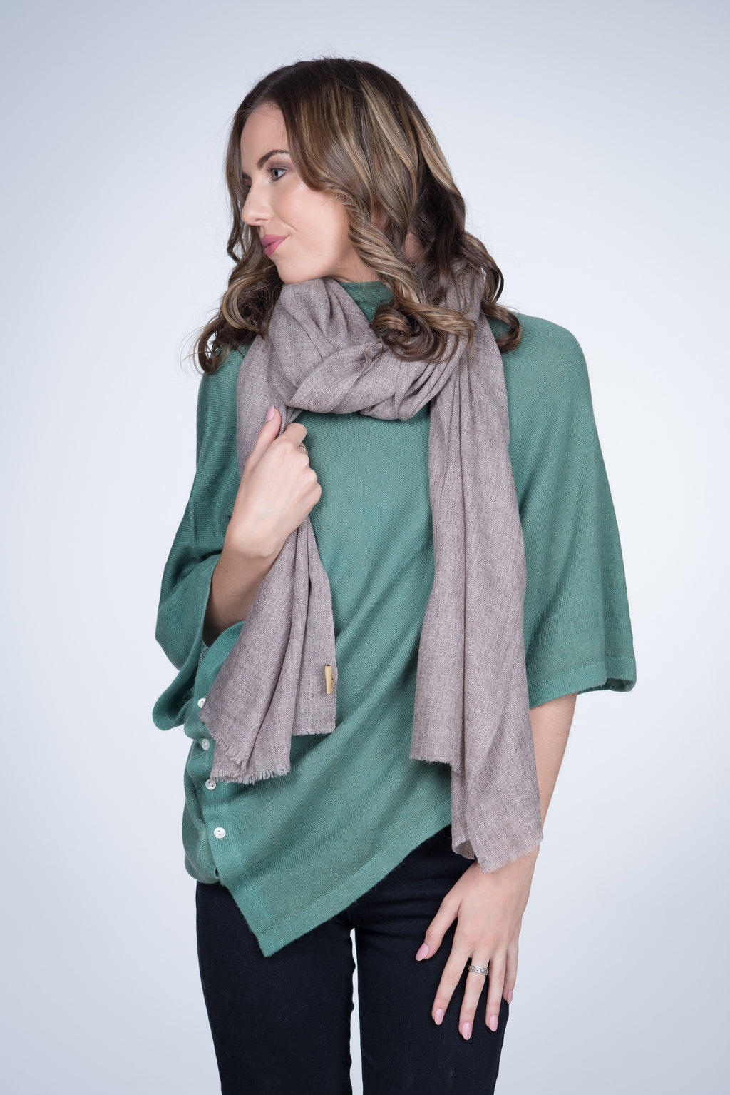 Nine Yaks Natural Cashmere Shawl - Light Brown -Accessories