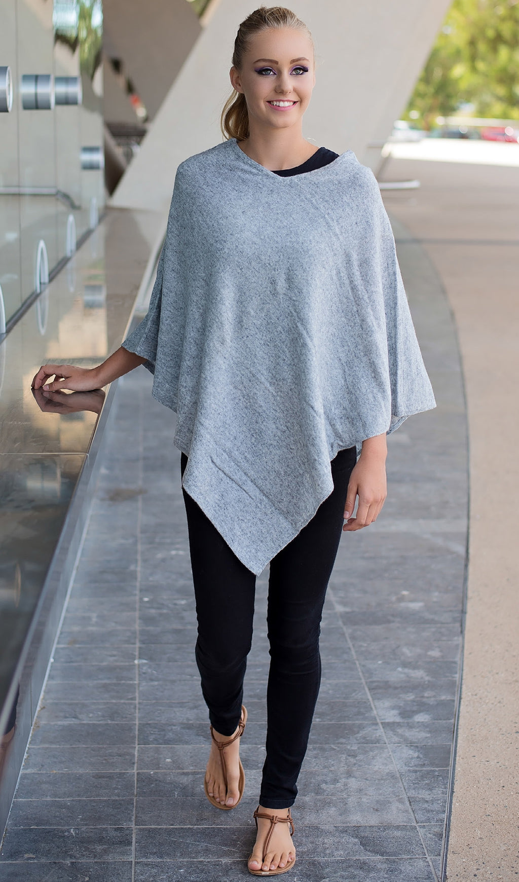 Natural Cashmere Poncho - 8 colours - Pookipoiga