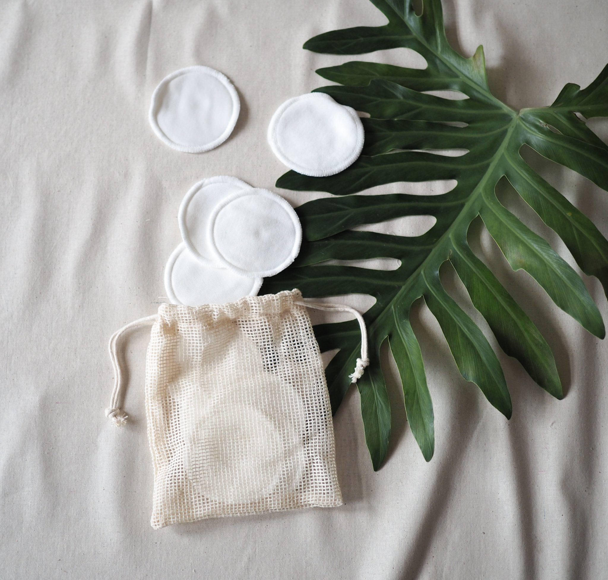 Brushiton - Reusable Makeup Remover Pads - last minute gift idea - melbourne