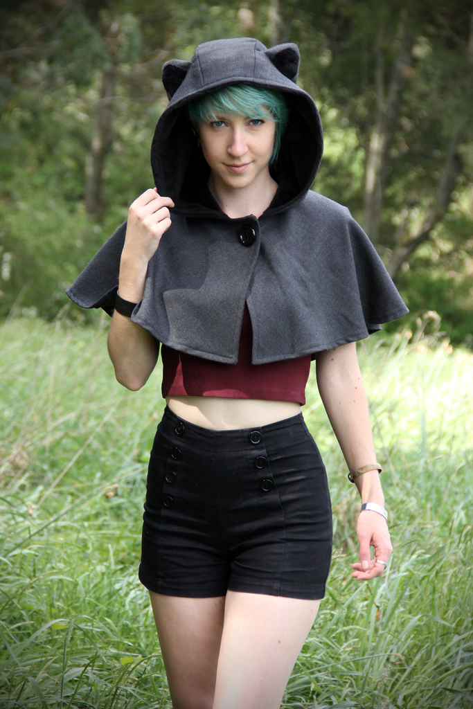 Cat Capelet (GRY&BLCK) - Button Fox