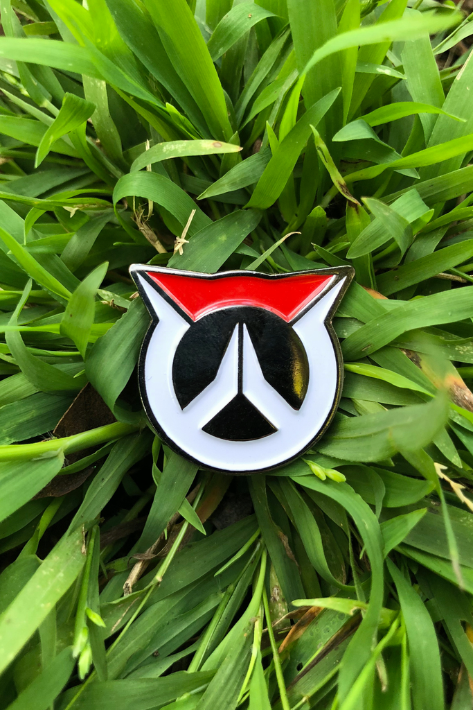 Enamel Pins - Button Fox ボタン狐