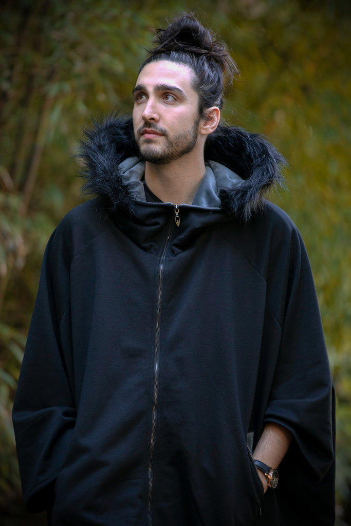 Glider Cape (BLCK&GRY) - Button Fox