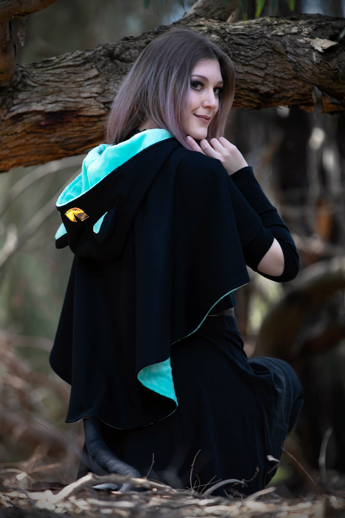 Neko Capelets - Button Fox