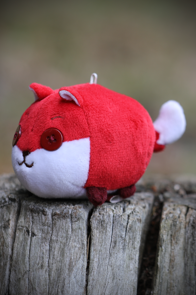 Mini Plush Toy - Button Fox ボタン狐