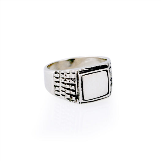 mirror polished signet ring with texture