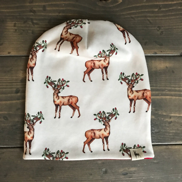 0-3m Slouchy Toque {jolly reindeer}